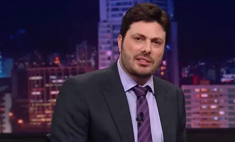 """SBT divulga nota esclarecendo suposto ataque ao comediante Danilo Gentili: """"Brincadeira"""""""