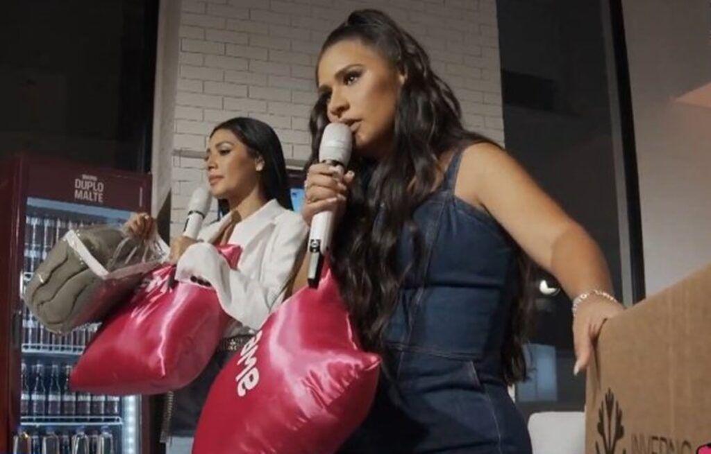 Simone dubla voz de Bruno ao cantar música 'Te Amo Chega Dá Raiva' durante live show com Simaria