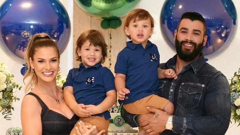 """Andressa Suita faz homenagem de Dia dos Pais para Gusttavo Lima: """"Parabéns vida"""""""