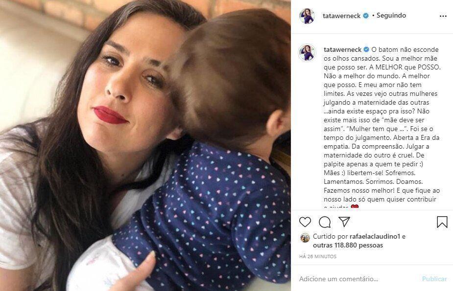 """Tatá Werneck desabafa após julgamentos a criação da sua filha: """"Sou a melhor mãe que posso ser"""""""
