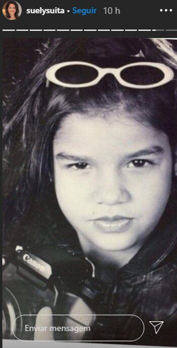 Mãe de Andressa Suita relembra fotos da infância dos três filhos