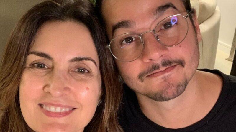 """Túlio Gadêlha faz declaração no aniversário dos filhos de Fátima Bernardes: """"Me aturaram"""""""