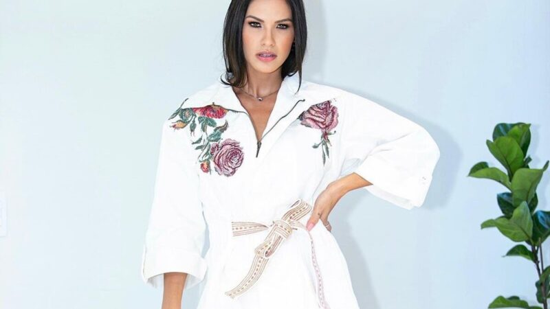 """Embaixadora de marca, Andressa Suita mostra look em evento e ganha elogio de fã: """"Barbie"""""""
