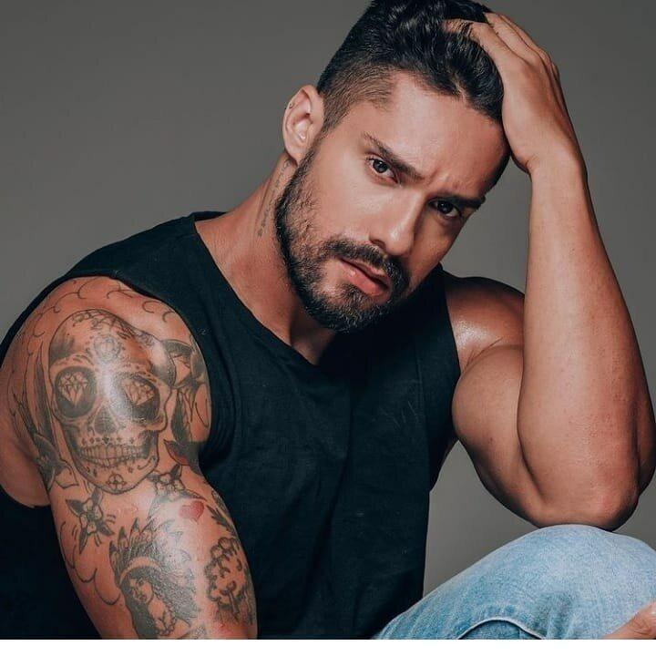 Arcrebiano Araújo, modelo do BBB 21, já teve um caso com Maraisa