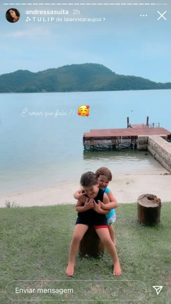 """Andressa Suita mostra os filhos sorridentes em Angra dos Reis: """"É amor que fala?"""""""