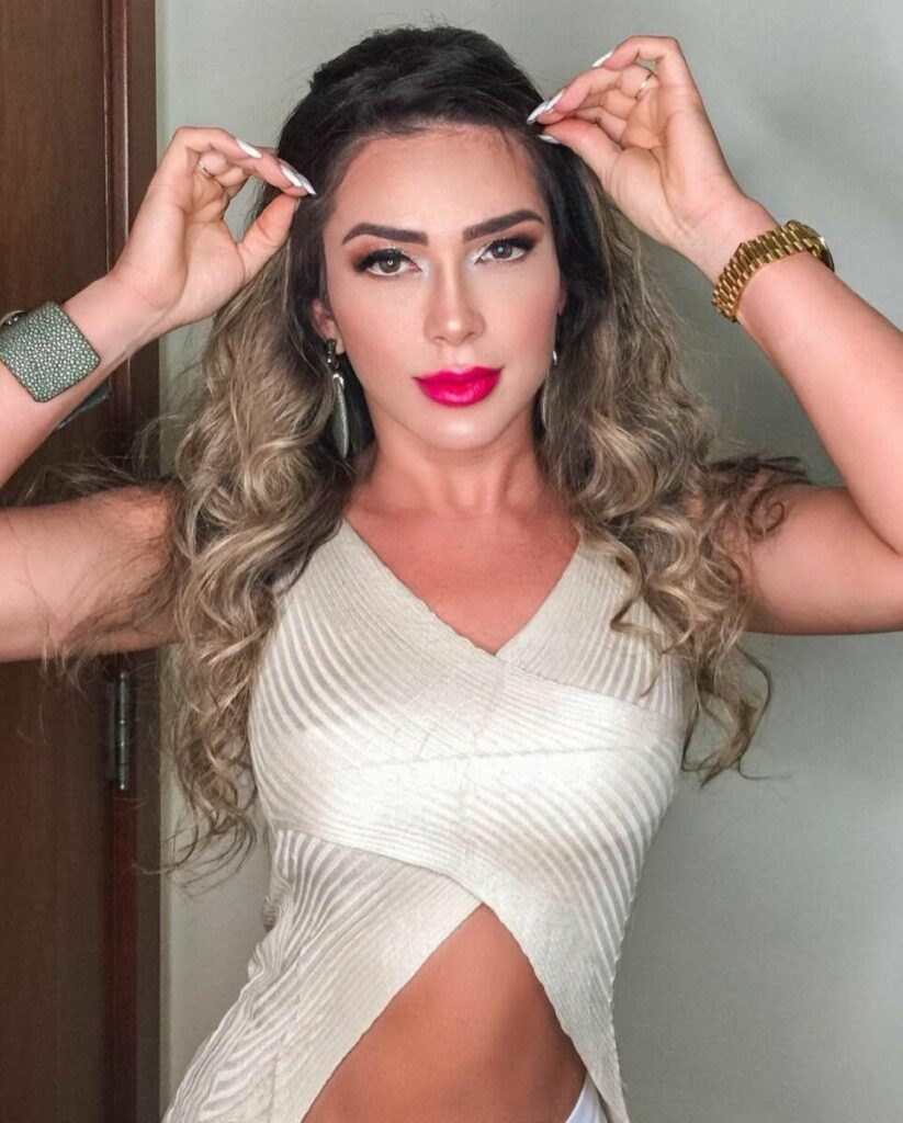 """Eduardo Costa confessa affair com Nadja Pessoa e elogia apresentadora: """"Ser humano bom"""""""