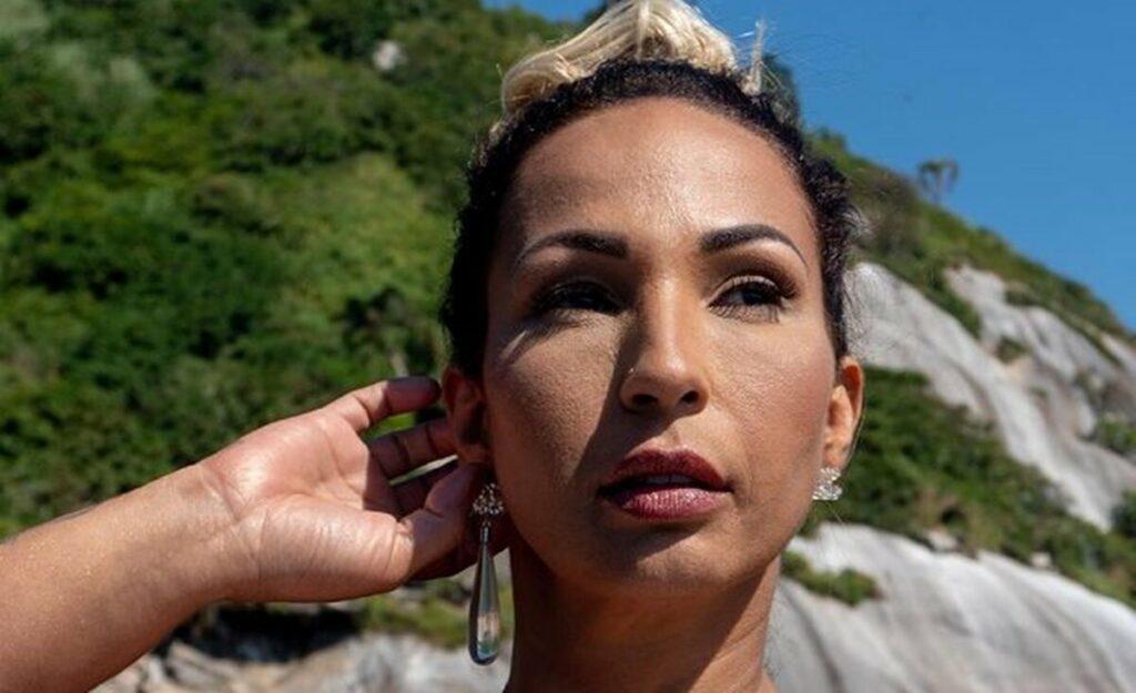 Valesca Popozuda diz que está há dois meses sem sexo
